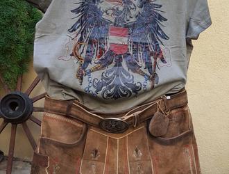 Österreich-Lederhose mit Gürtel 219,--/ohne Gürtel 189,-- mit passendem Shirt 49,90
